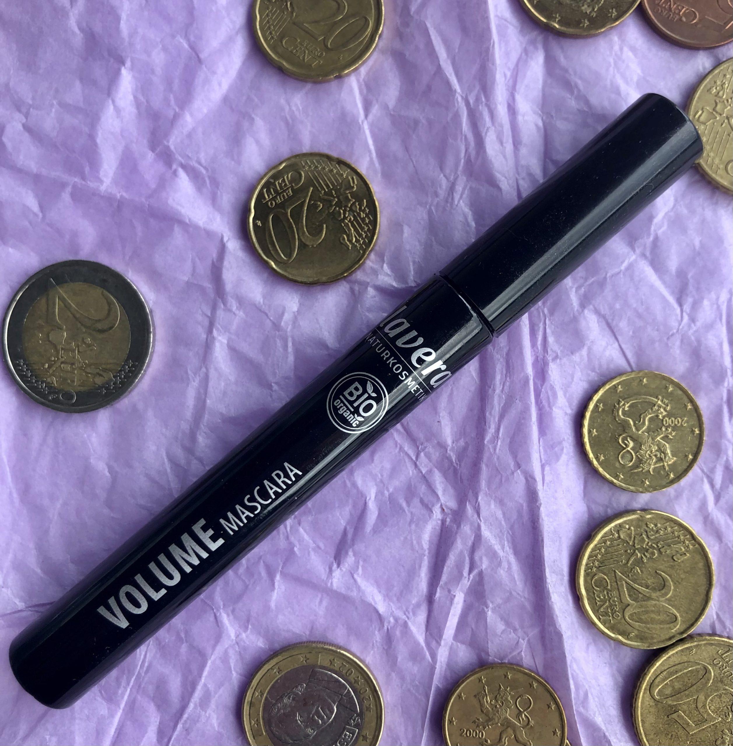 Alle 10 euroa maksavat meikit ripsari