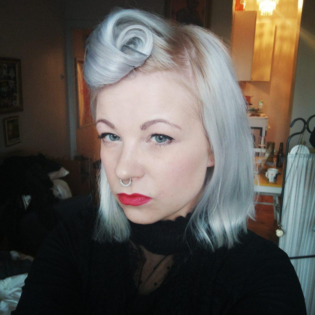 Miksi en julkaise itsestäni kuvaa ilman meikkiä, eikä kenenkään muunkaan tarvitse