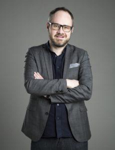 Tuomas Enbuske: On turha kieltää meitä antamasta pelolle valtaa