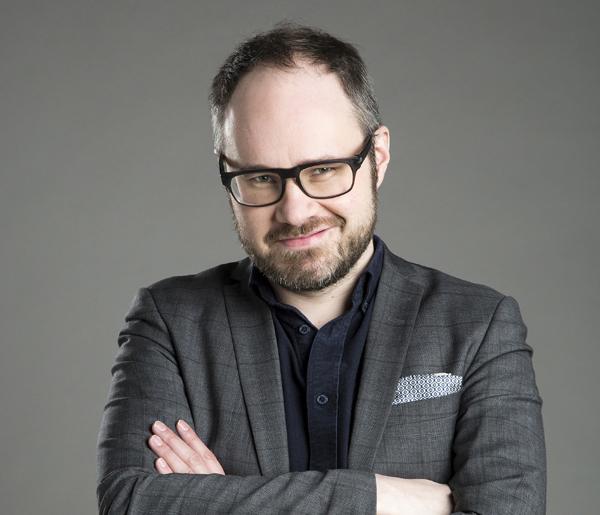 Tuomas Enbuske: Ajattelu poistaa onnen