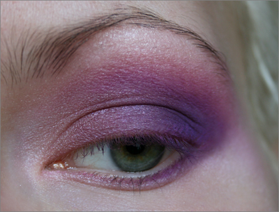 Greeneye_purplemakeup2