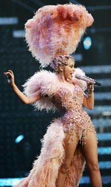 Kylie Minoguen inspiroima meikki