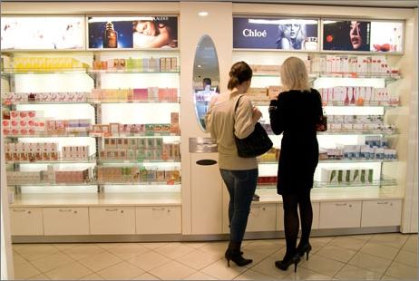 Kosmetiikkaostoksilla