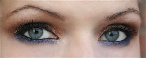 Lukijan (?) inspiroima meikki: sinistä ja pronssia