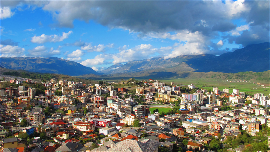 Arvonta suoritettu Albanian yössä