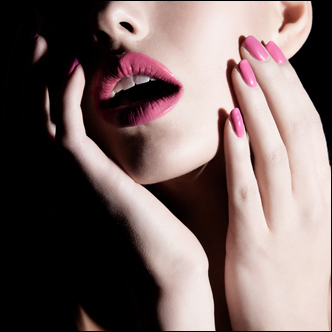 Stephan_makeup_lips_nails