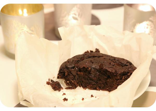 Kakkuillalliset_Suklaakesakurppakakku