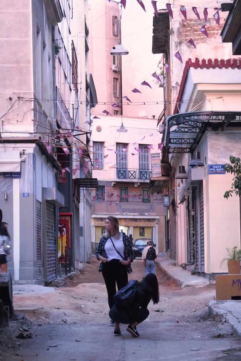Kävely: taidekorttelien ja boheemin yöelämän Ateena