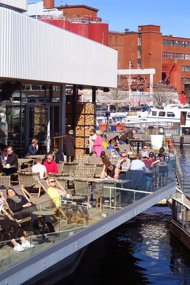 Saunaravintola Kuuma – saunaa, ruokaa ja järvikylpyjä Tampereen keskustassa