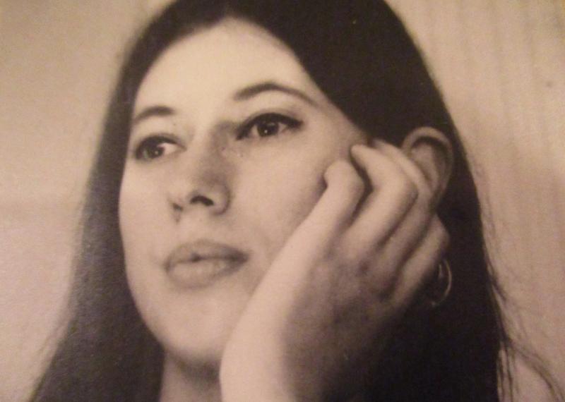 Huulipuna viemärissä – äidin päiväkirjasta vuodelta 1963
