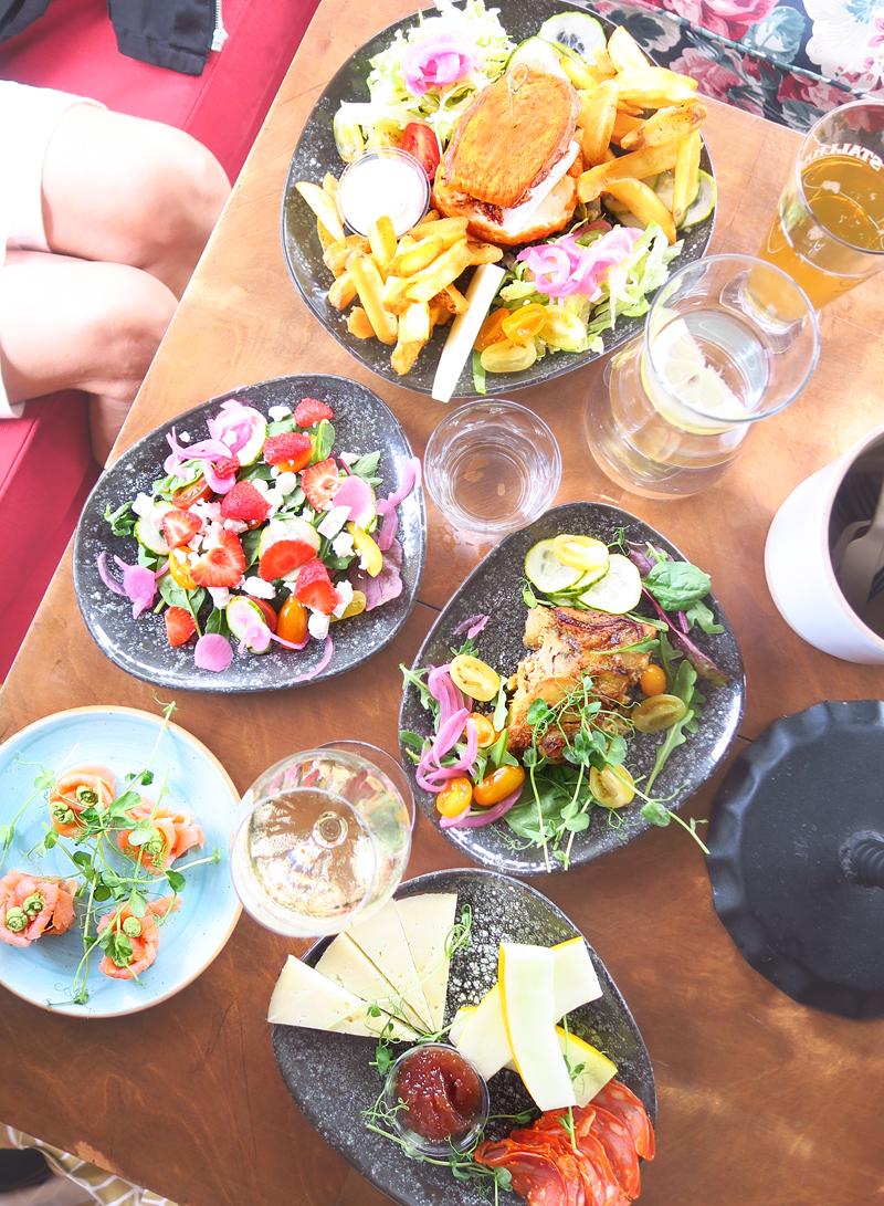 Bataattia, kaalia ja munakoisoa – kesän parhaat ja huonoimmat kasvisruoat