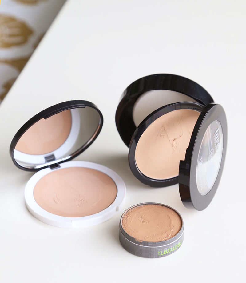 Vertailussa luonnonkosmetiikan kiinteät meikkivoiteet