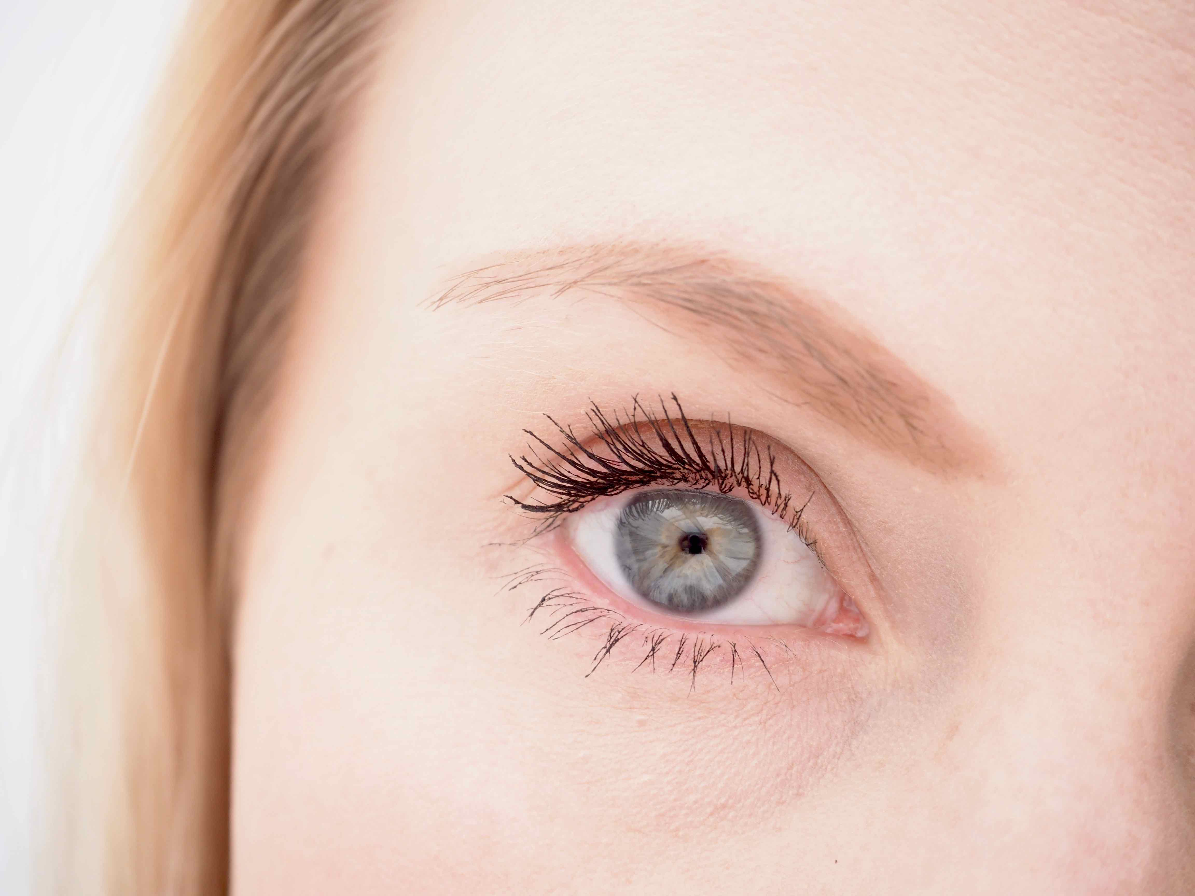 ec30edee17b L'Oréal False Lash Superstar -kaksipäinen ripsiväri | Ostolakossa
