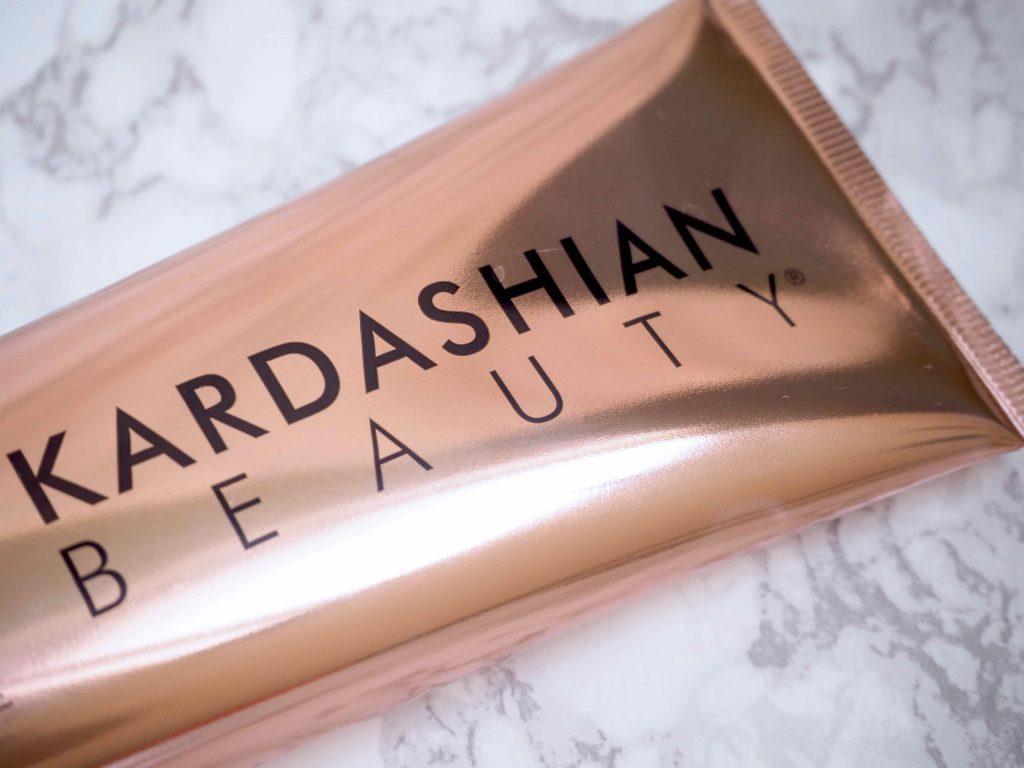 Kardashian Beauty Liquid Hydration Masque