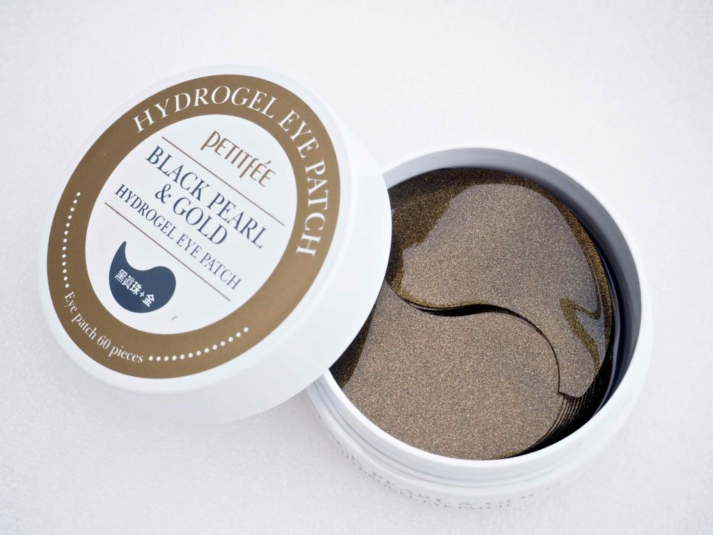 Petitfée Black Pearl & Gold Hydrogel Eye Patch