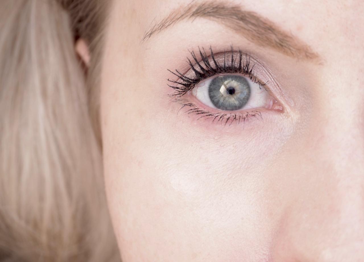 NARS Radiant Creamy Concealer peitaine kokemuksia Ostolakossa Virve Vee