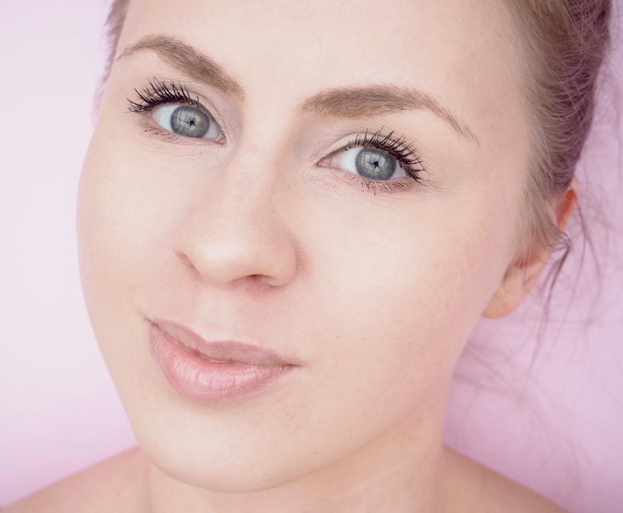 Clarins Instant Light Natural Lip Perfetor huulikiilto kokemuksia Ostolakossa Virve Vee