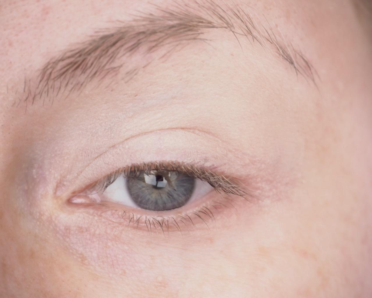Urban Decay Eyeshadow Primer Potion luomivärinpohjustaja kokemuksia Ostolakossa Virve Vee