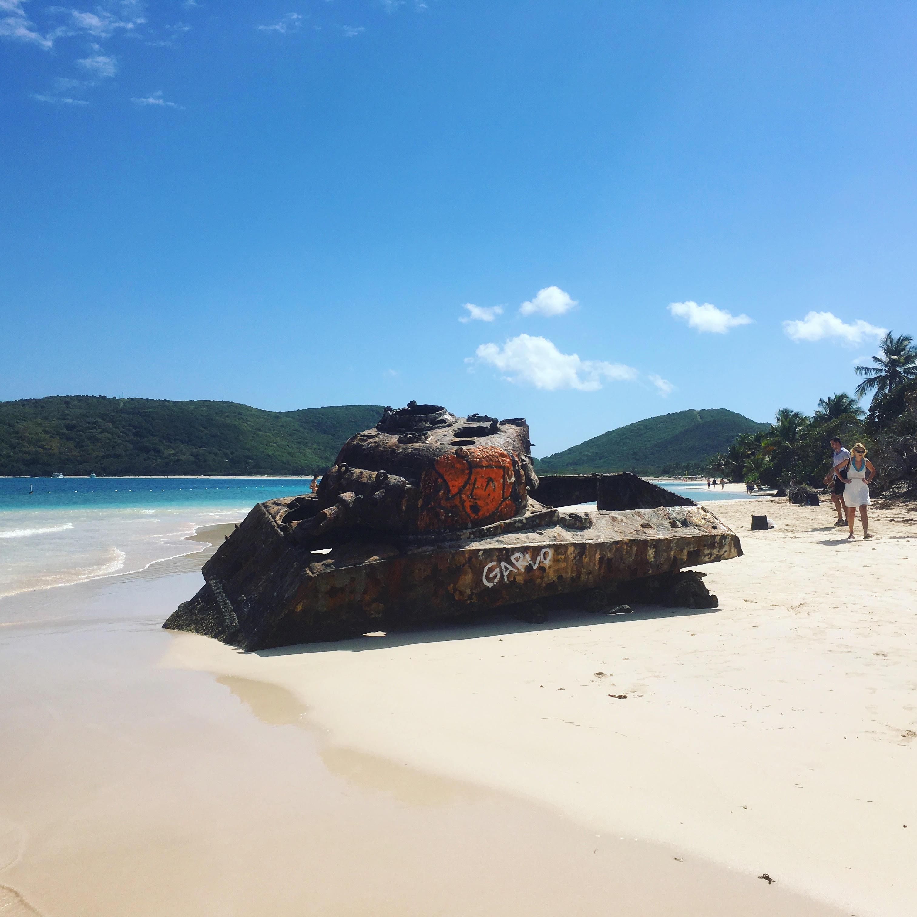 culebra-tankki-rannalla