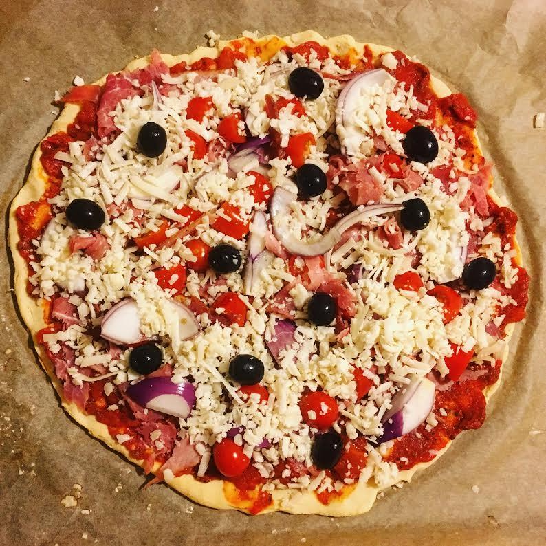 gluteeniton-pitsa-paleo
