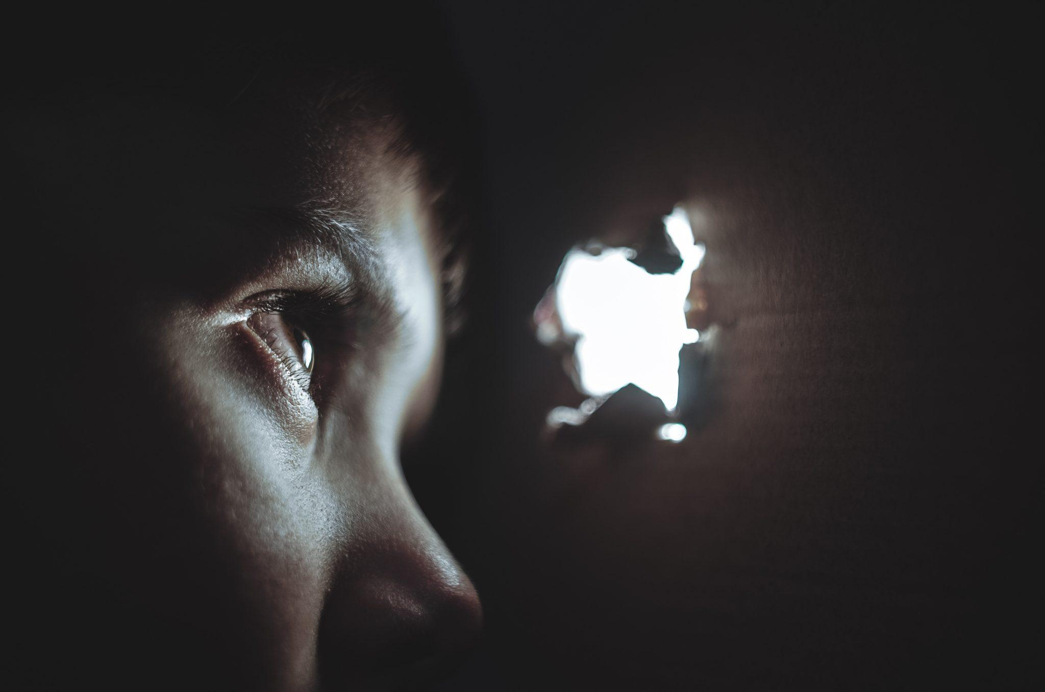 tunteiden tukahduttaminen sairastuttaa