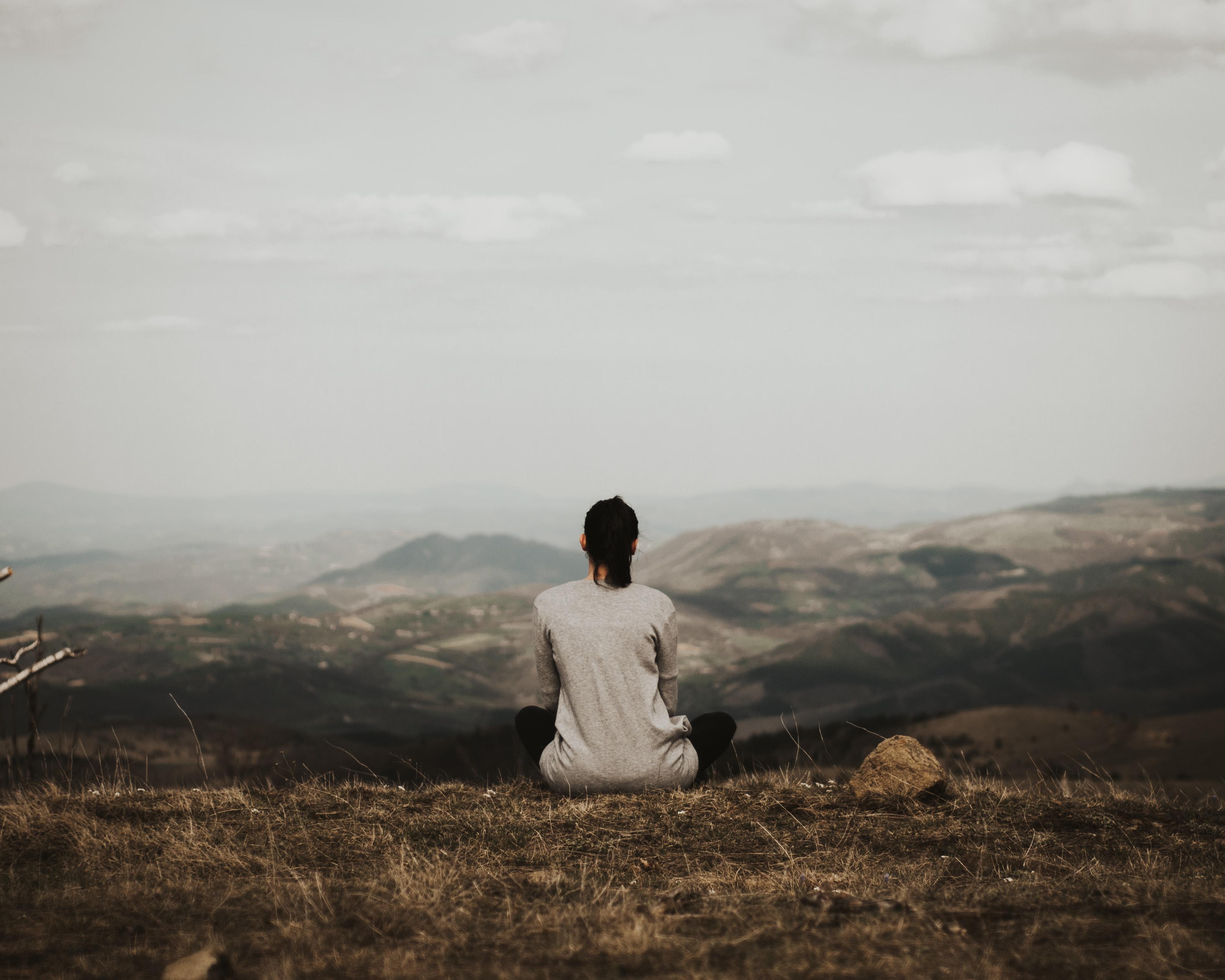 introvertti kiireen vähentäminen
