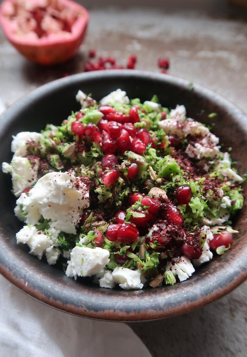 parsakaalicouscous -salaatti