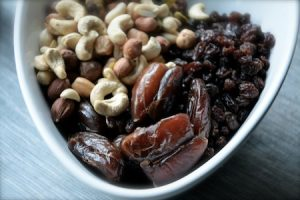 Resepti: kolmen ainesosan energiapatukka