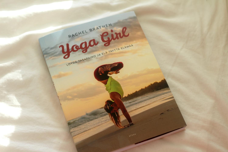 Inspiroiva kirjauutuus: Yoga Girl Löydä tasapaino ja elä täyttä elämää