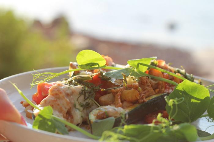 Mitä ruoka meille merkitsee ja miksi valmistaa se itse?