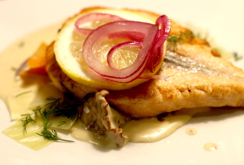 Helppo sitruunainen valkokastike kalalle tai kanalle