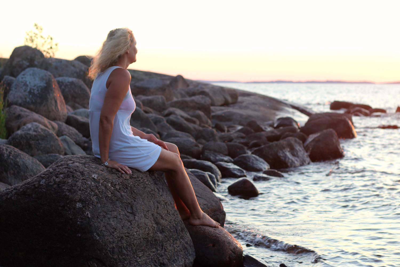 Lyhyt ja helppo harjoitus vähentää tehokkaasti kiirettä ja stessiä