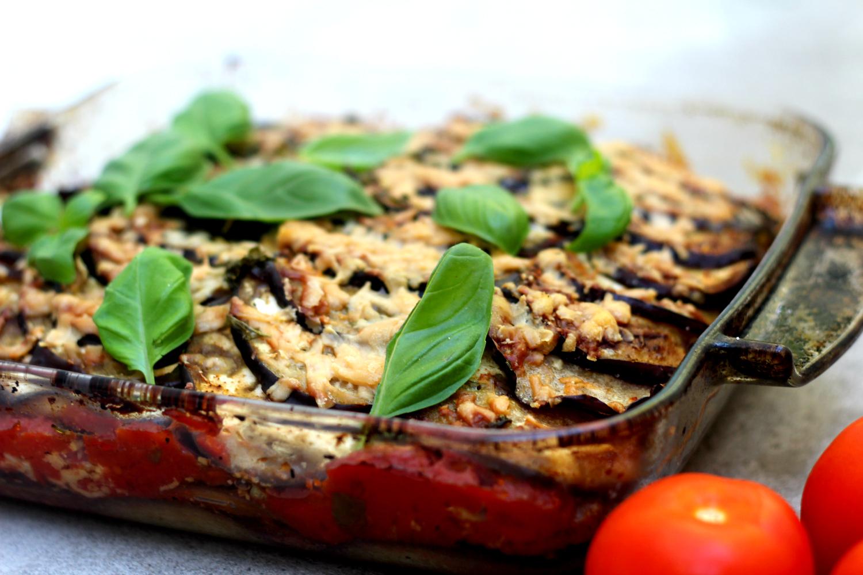 Melanzane alla Parmigiana – munakoiso-tomaattivuoka