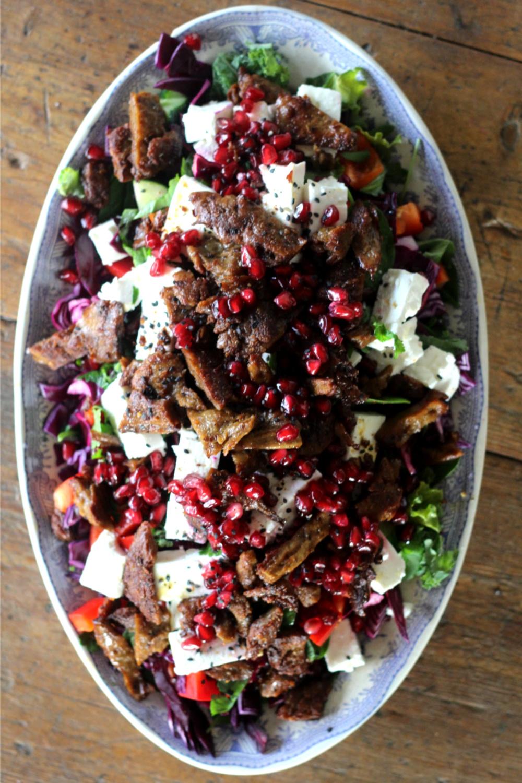 Salaatti aasialaisilla mauilla ja Beanitillä